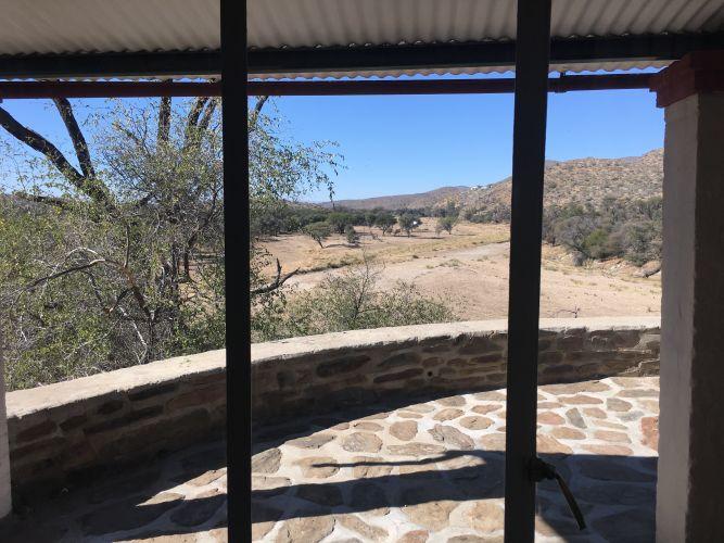 Felsenhouse 2, riverview through window, dry season